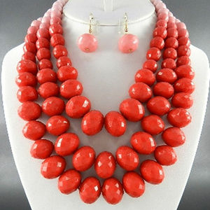 Layered Red Ombre Bead Necklace Eraring Set